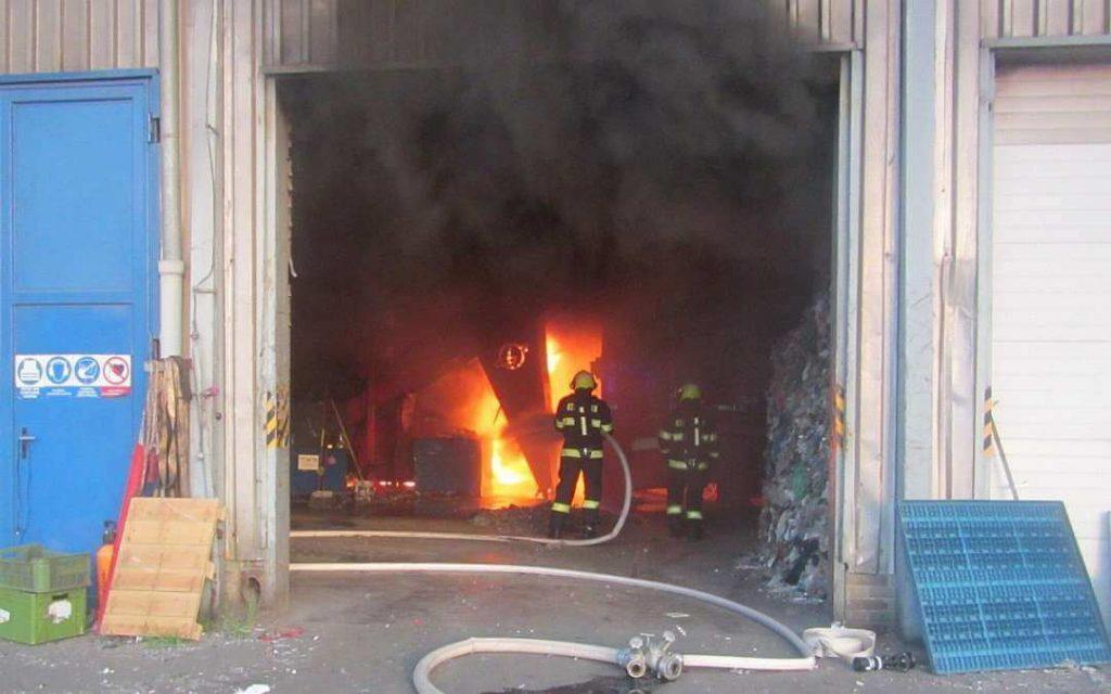 Požár ve firmě