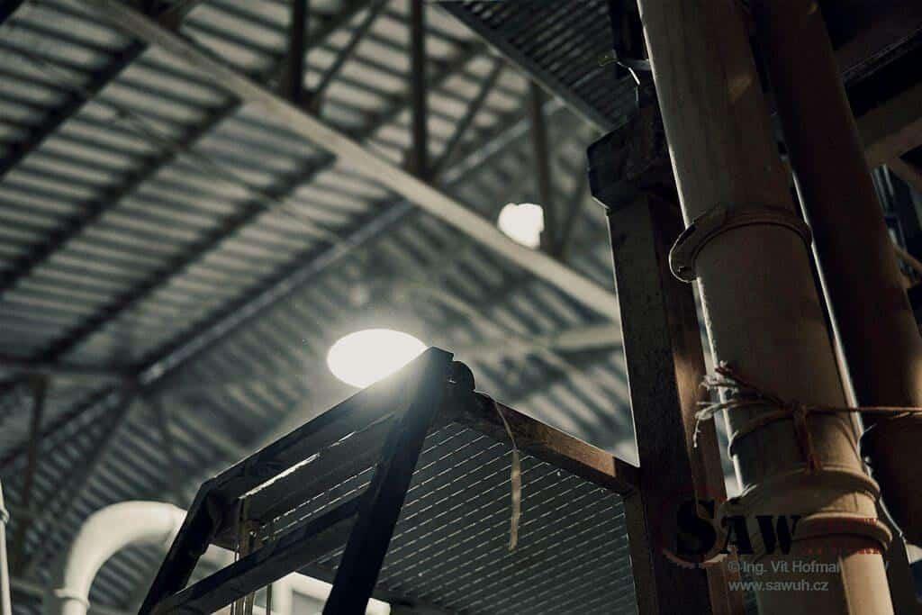 Obslužná plošina bez ochranného zábradlí